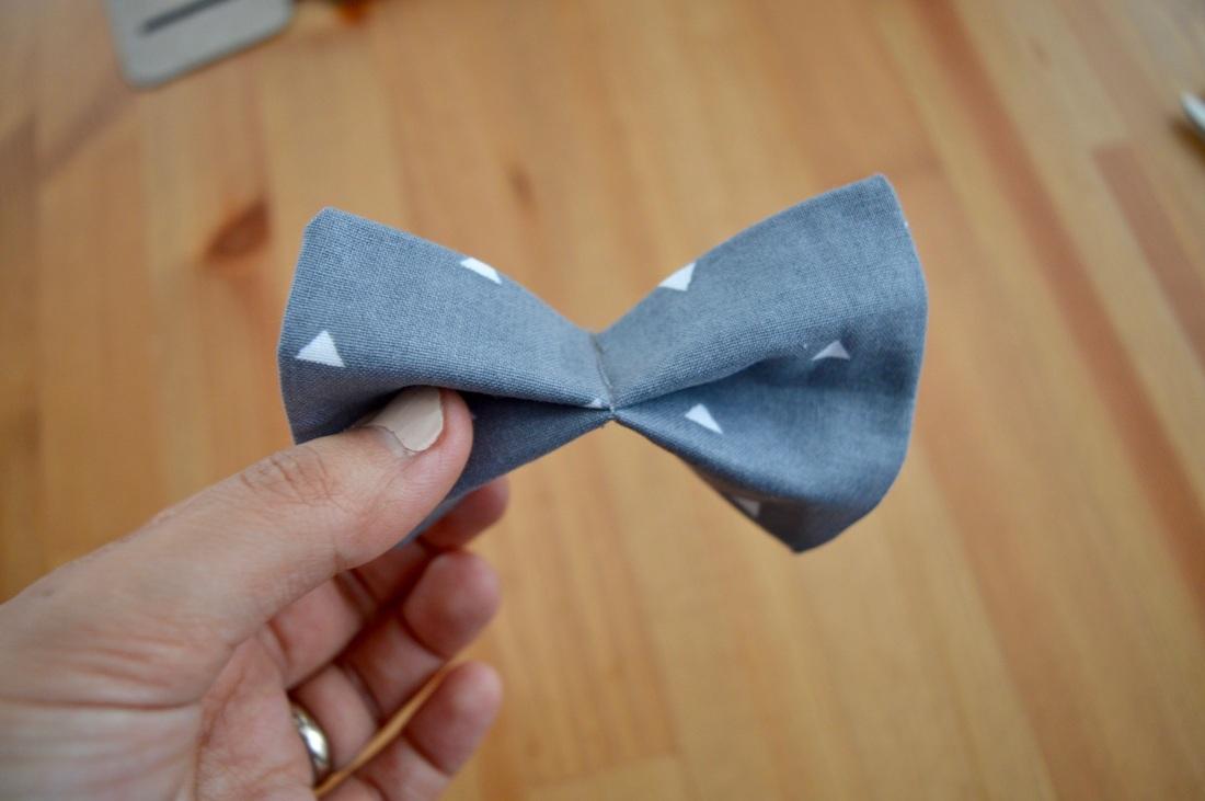 Como hacer una corbata de mo o paso a paso for Como construir estanques para peces