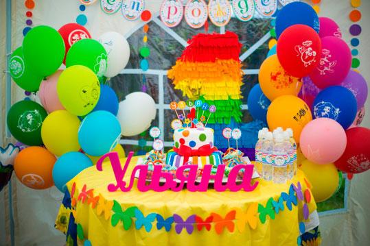 mesa decorada fiesta tematica arcoiris08