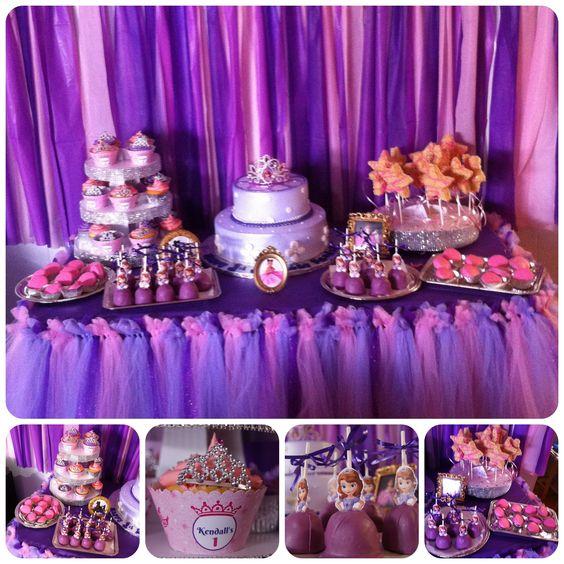 como decorar una mesa de dulces de princesita sofia05