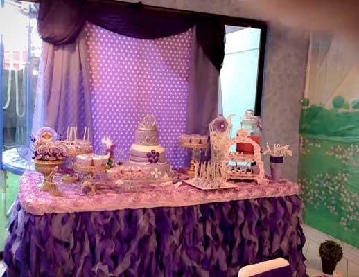 mesa de dulces para fiestas infantiles princesa sofia04