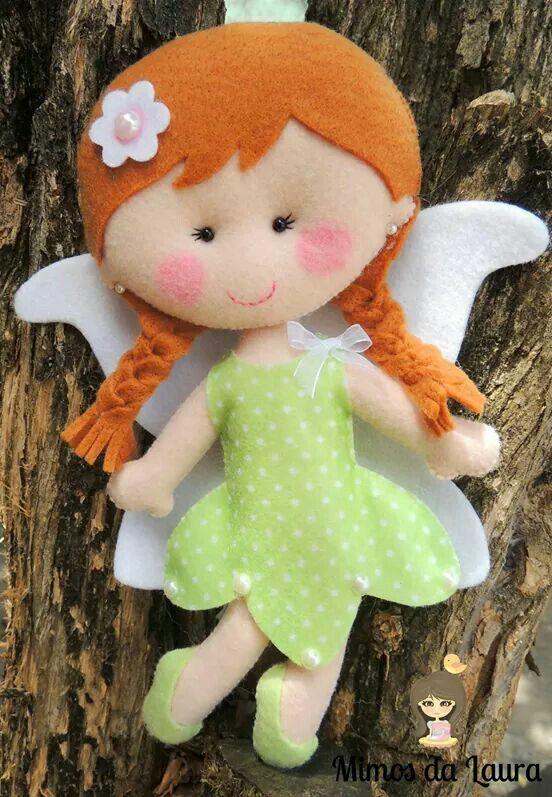 Muñecas de fieltro con alas de hada