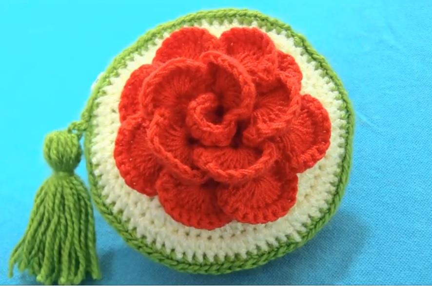 monedero tejido a crochet flores
