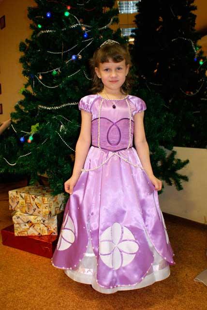 vestidos de la princesa sofia para cumpleaños05